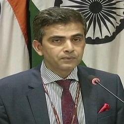 हाफिज की रिहाई पर भारत बोला- पाक फिर बेनकाब, आतंकवाद को दे रहा बढ़ावा