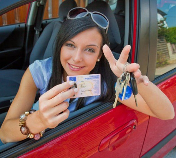 Govt to remove minimum education for driving licence
