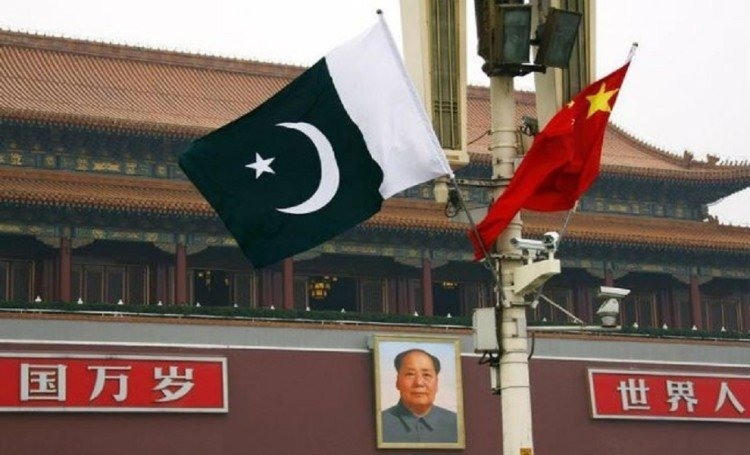 china launched two settelite in space for pakistan