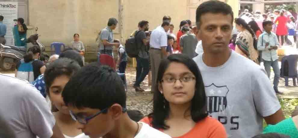 rahul dravid photo of science exhibition gets viral on social media