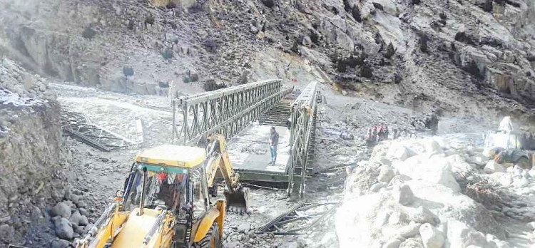 Himachal Kinnaur india making a road to indo china border in tribal area