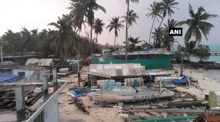 southern India is facing terror of cyclone ockhi now pm Narendra Modi promise for help
