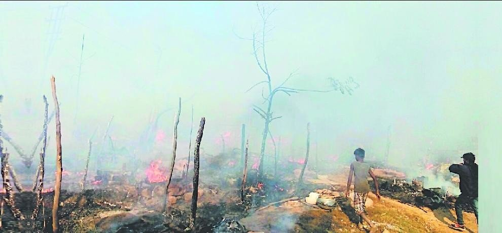 70 slums on fire at baddi in himachal