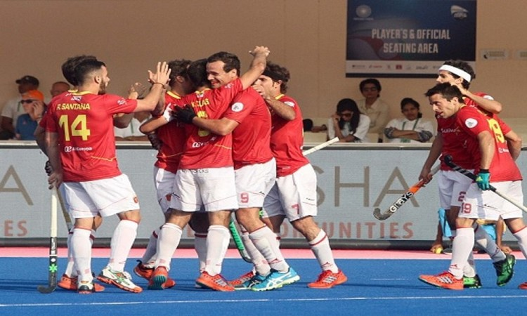 Spain stun Olympic champion Argentina 2-1 in hockey World League Final