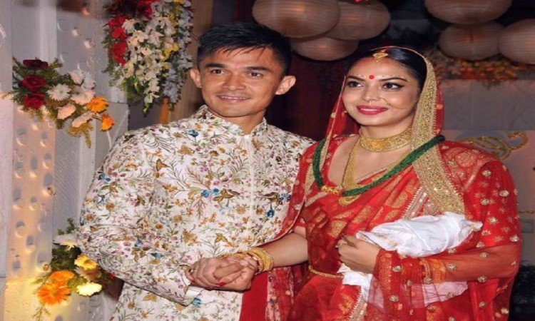 Indian football team skipper Sunil Chhetri marries with girlfriend Sonam Bhattacharya