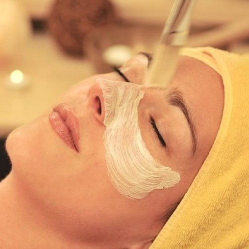 five things you should avoid doing just after taking facial