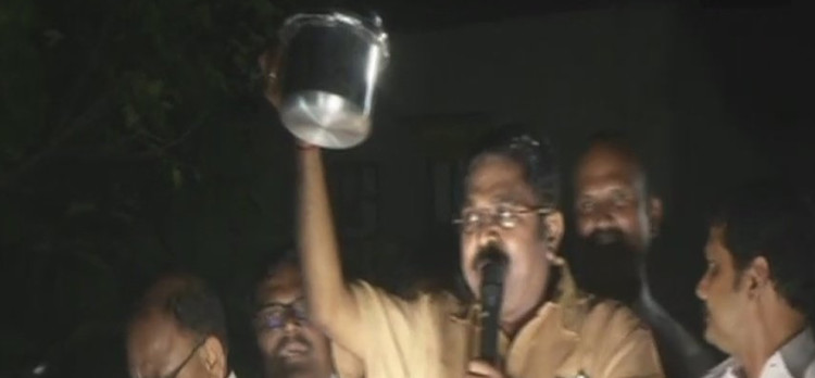 TTV dinakaran started campaigning for RK nagar by polls with new symbol pressure cooker