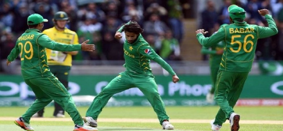 pakistani bowler hasan ali says Everyone knows what a great player is Dhoni