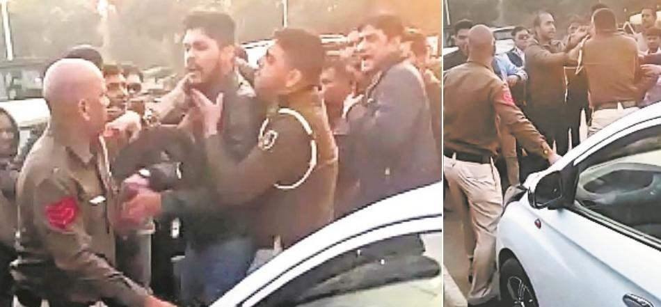Two brothers held for attacking, abducting policemen on duty