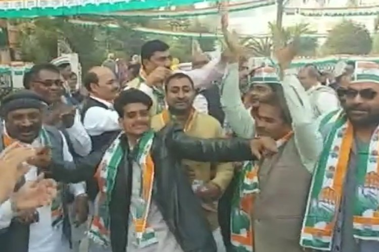 congress workers celebrate after rahul gahdhi elected as   party president.