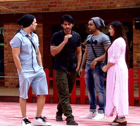 this weekend hiten tejwani would be out from bigg boss house
