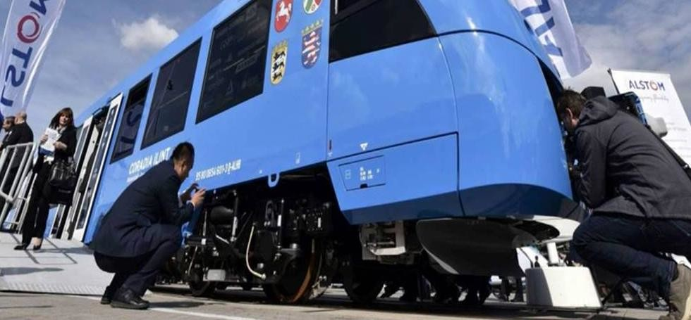 Worlds First Hydrogen Powered Train in Germany
