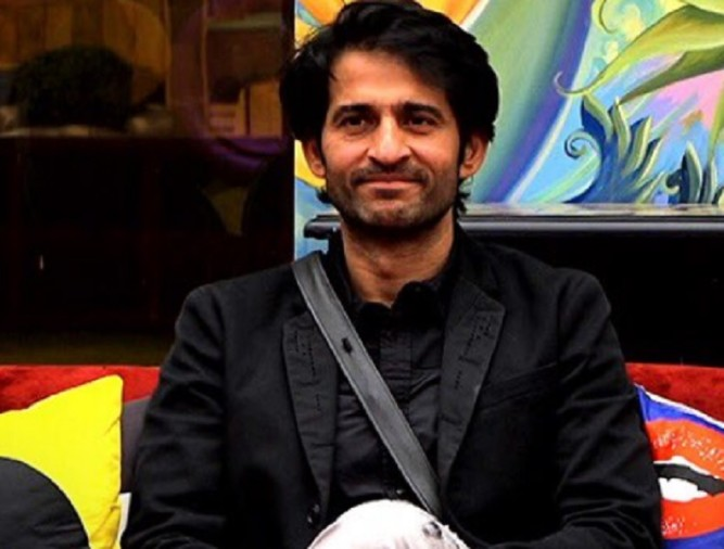 Evicted contestant of Bigg Boss 11 Hiten Tejwani calls Hina Khan fake