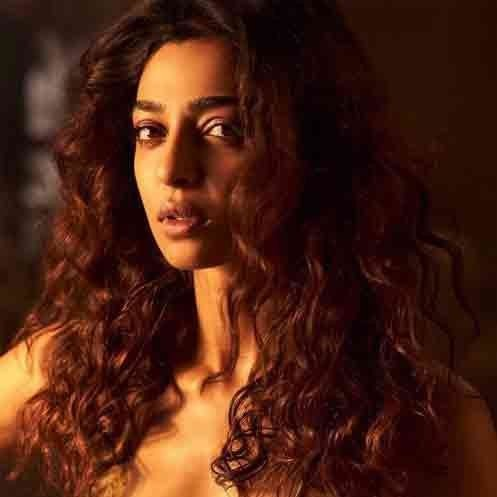 RADHIKA APTE SPEAK ABOUT HER FIRST MENSTRUAL CYCLE