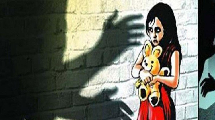 delhi six year old girl brutally harassed attempt to murder now in bad pain full body stitches