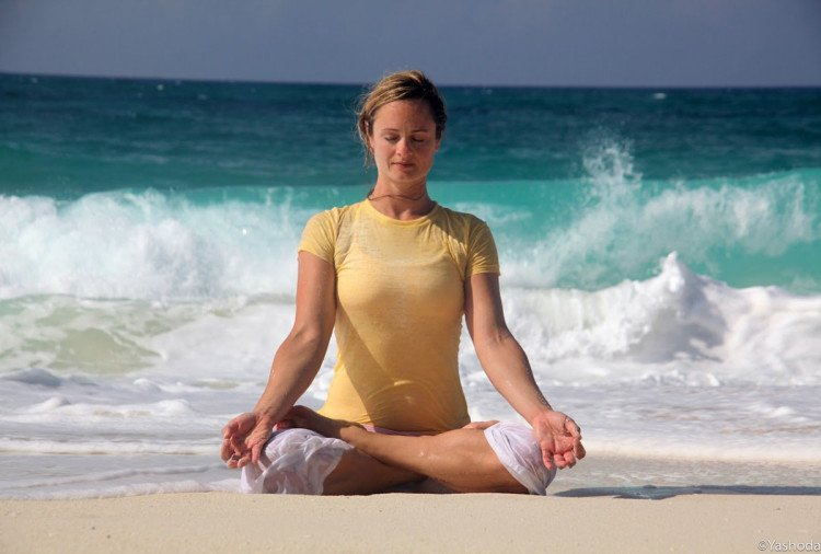 udgeeth pranayama to Reduce swelling of feet