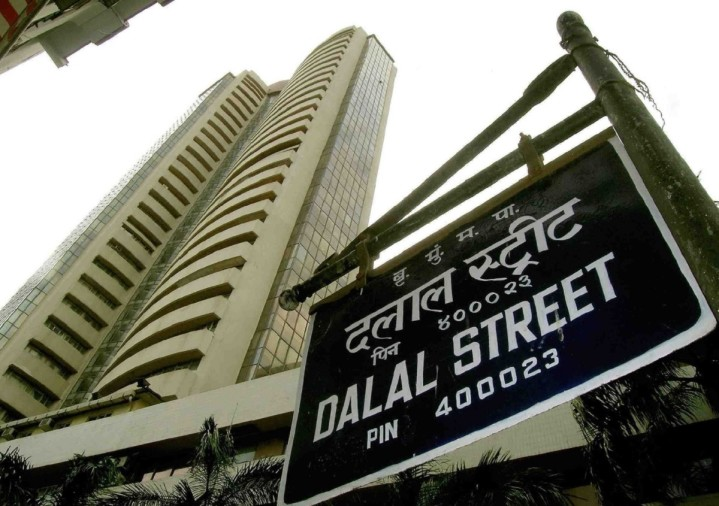 sensex up by 330 points, while gold silver slides by 600 rupees