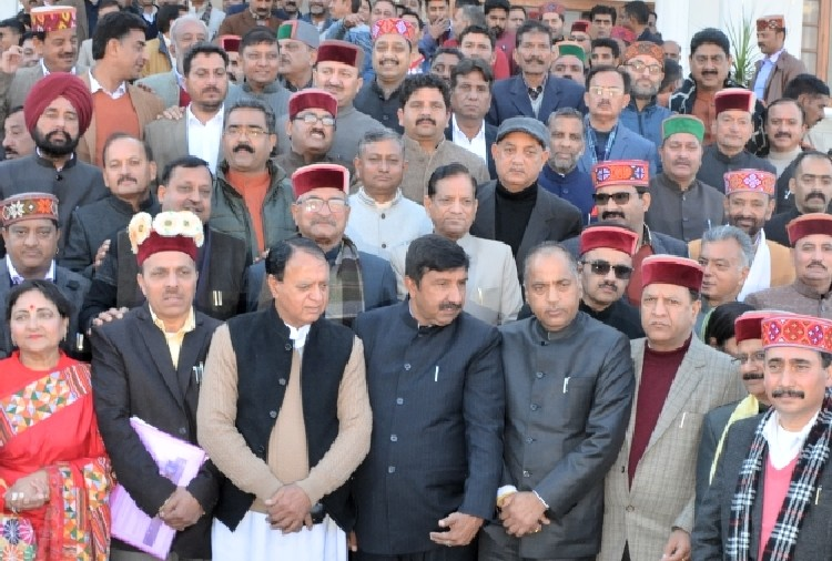 68 member including 23 new mla took oath in himachal assembly session