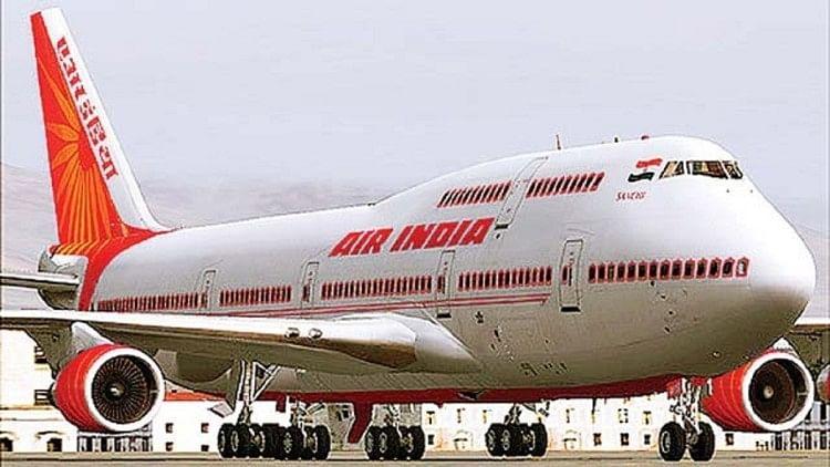 Image result for महिला पायलट की सूझबूझ से बची 261 जिंदगियां