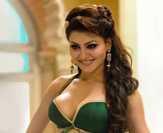 Sexy Kareena In Bikini