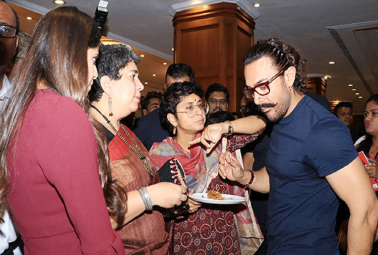 aamir khan ex wife reena dutt and kiran rao together pani foundation event
