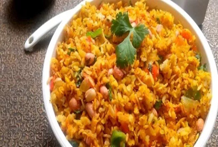 health benefits of poha know easy and simple recipe of kanda poha