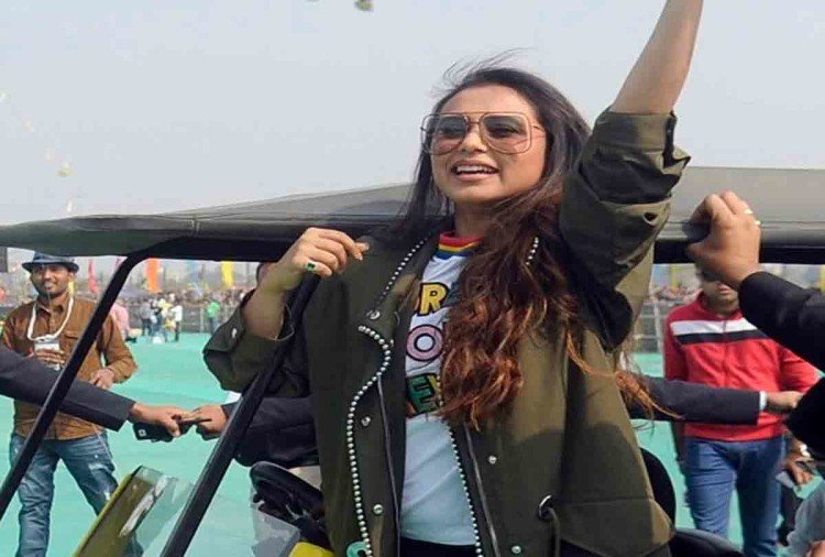 rani mukerji celebrate makar sankranti in ahmedabad by flying kites