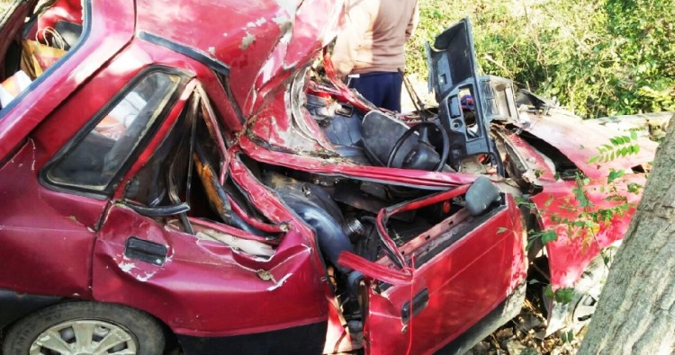 4 killed in an road accident near sikar villahe in hoshiarpur