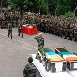 सैनिकों की मौत पर शिवसेना ने जताई चिंता, कहा- 13 साल में शहीद हुए 1600 जवान