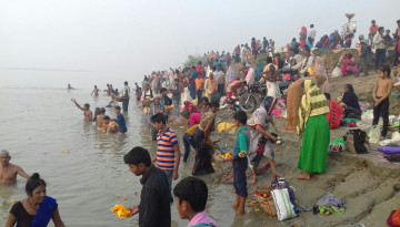 Dip in the river Saryu by the devotees on the Maunee amavasya