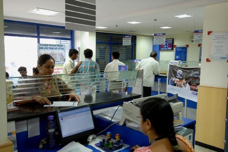 government to curb cash transactions at bank branch, too incentivise digital platform