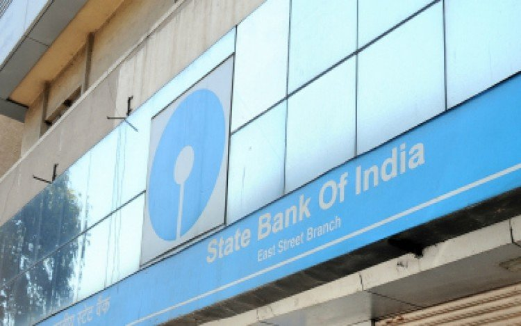 sbi wants from fm to increase tax exemption limit to 3 lakh per year