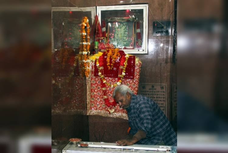 unique temple in amritsar, where pooja only a month in a year