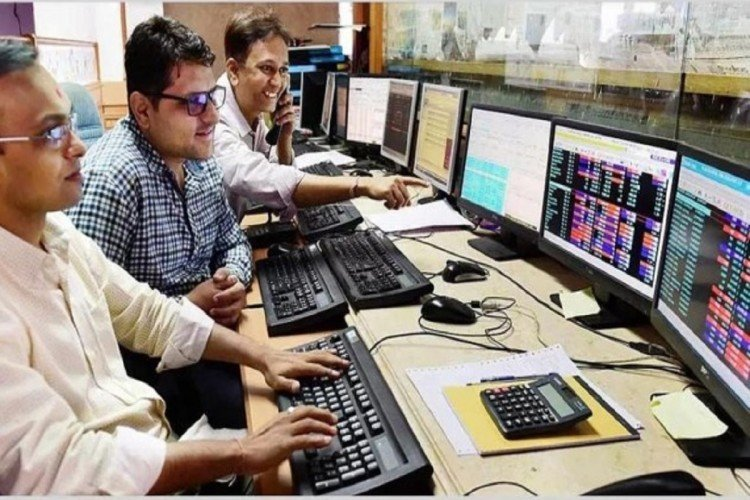sensex, nifty closes after making a reord on monday 20 august