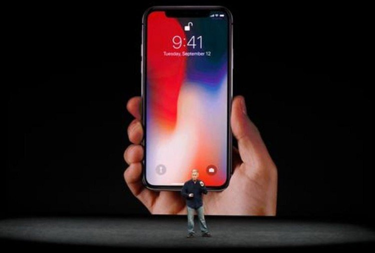 Apple rised price of iPhone X, iPhone 8, iPhone 7, iPhone 6s in India after budget 2018