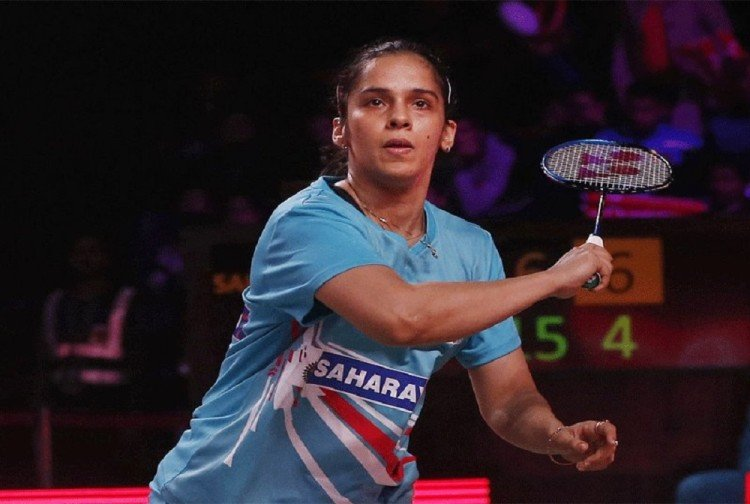 saina nehwal beat pv sindhu to enter in semifinal of indonesia masters