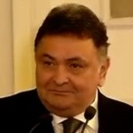 actor rishi kapoor shared a video boy singing main shayar to nahin