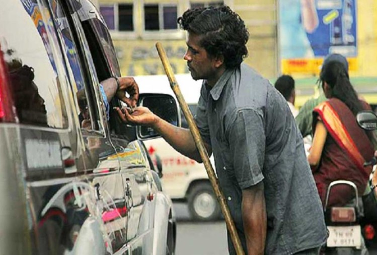 if u open car's window during red light, u have to pay 1000 rupees fine