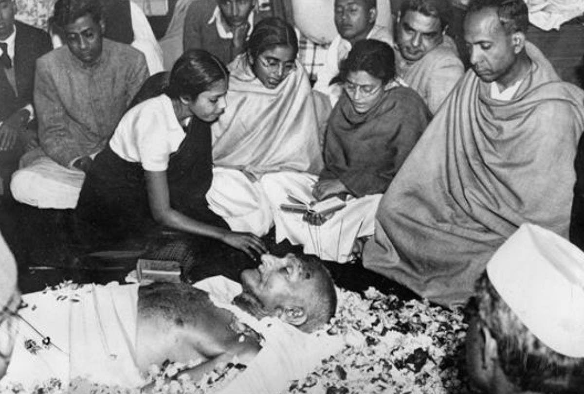Kamal Haasan Godse Mahatma Gandhi In Hindi Mahatma Gandhi Death Anniversary  2019 - कमल हासन के बयान से फिर चर्चा में गोडसे, क्या बचाया जा सकता था गांधी  जी को? - Amar