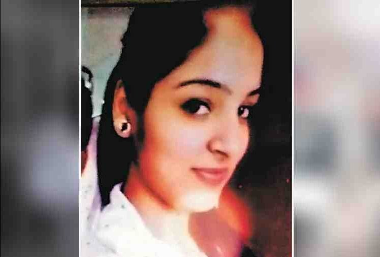 mohali girl hanged herself in parents house
