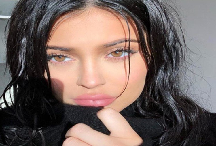 Kylie Jenner blessed with a baby girl shares a glimpse of her little angel with an emotional video