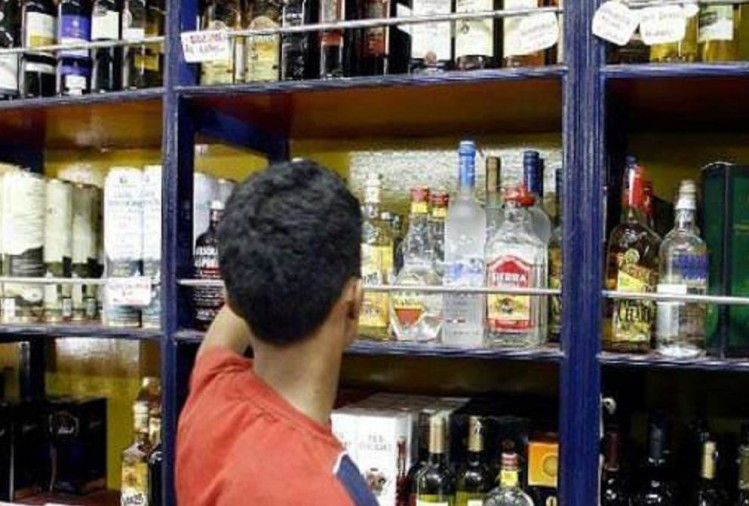 liquor prices to be increased by eight percent in karnataka