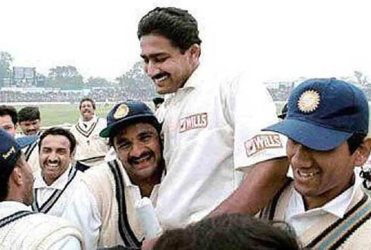 anil kumble takes ten wickets against pakistan on this day