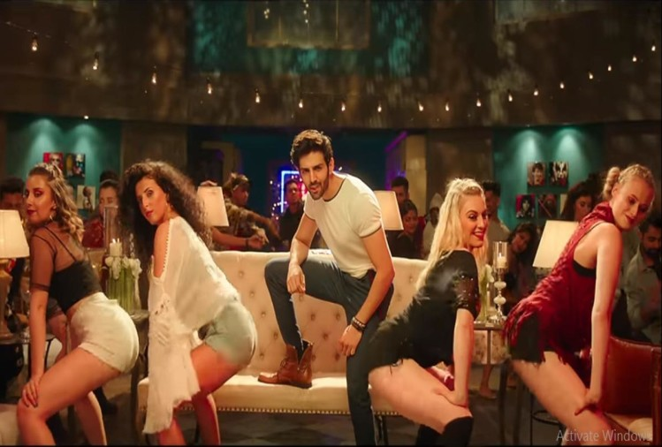 film Sonu Ke Titu Ki Sweety new song Bom Diggy Diggy has been released