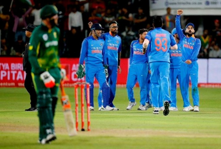 rohit sharma take interview to captain virat kohli after historical series win at port elizabeth