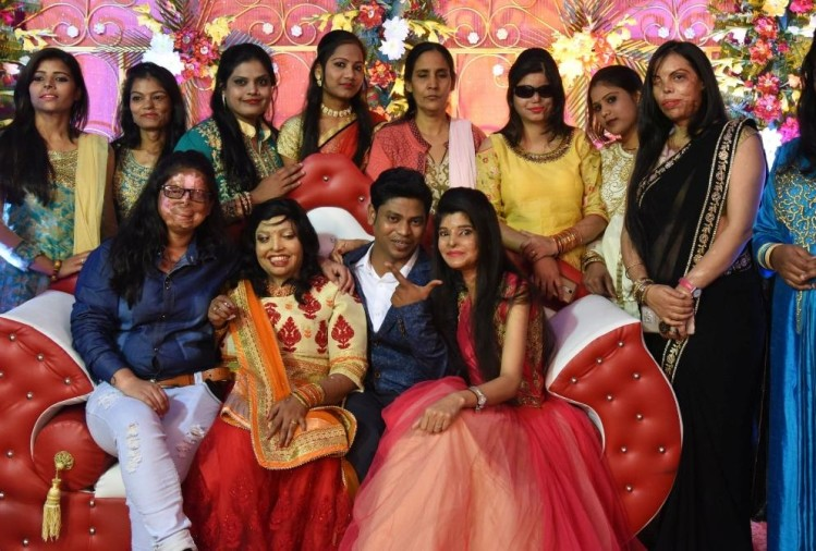 engagement of pramodini with saroj sahu.