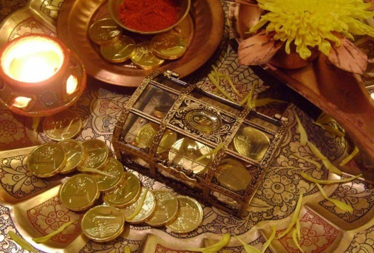 chant mantras according to your zodiac sign for earn money