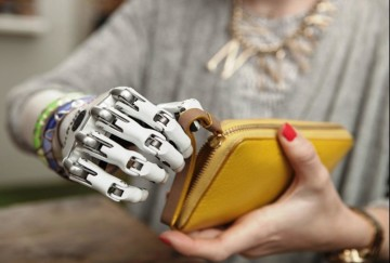 Researchers find now without operation prosthetic hand perform