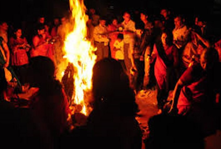 holashtak start eight days before holika dahan