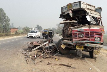 two truck accident